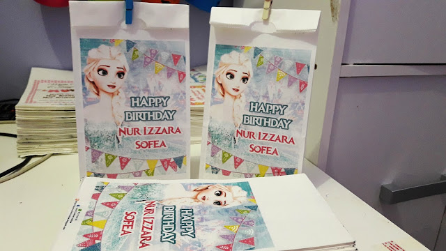 frozen birthday theme