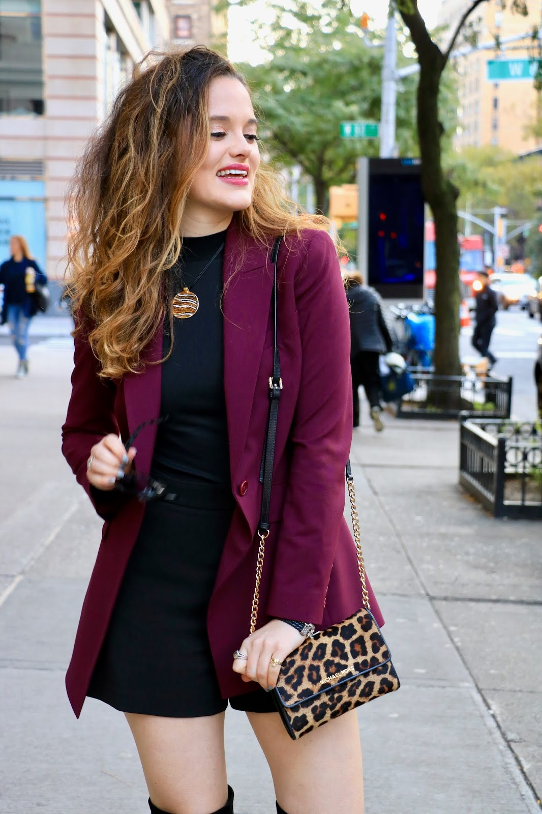 Nyc fashion blogger Kathleen Harper's shorts outfit ideas for work
