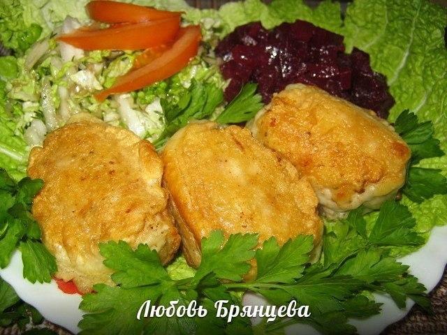украинские крученики с филе курицы с сырной начинкой