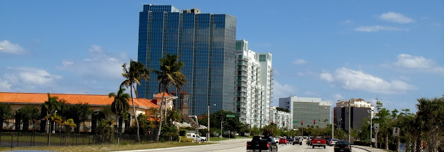 Partes de West Palm Beach por Australian Avenue