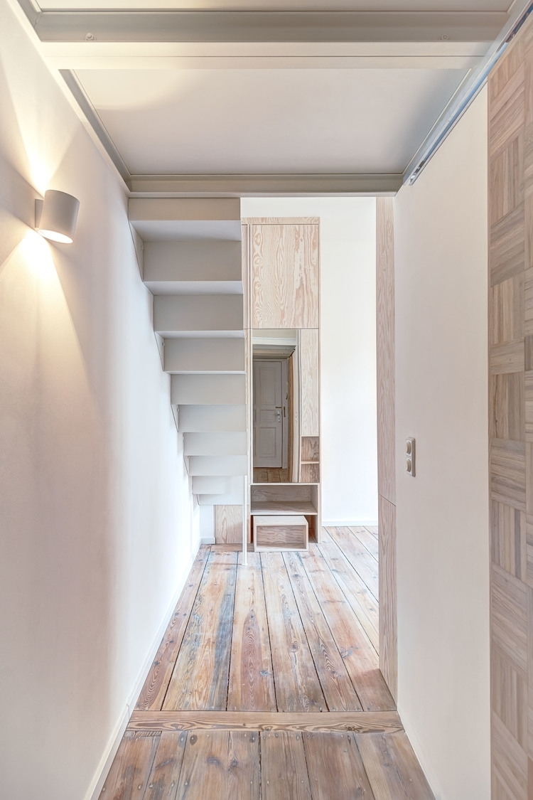 05-Spamroom-21sqm-Micro-Apartment-in-Moabit-Berlin-www-designstack-co