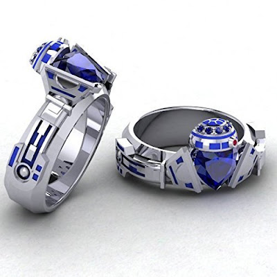R2 Claddagh Ring