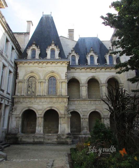 Un día en La Rochelle Maison Henri II