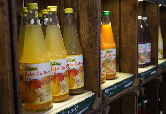 Fünf weitere Ausflugsideen im Schwentinental. Im Anschluss an den Ausflug kann man den Obsthof samt Hofladen an der Rastorfer Mühle besuchen.