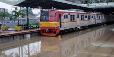 Harga Tiket Kereta Api Surabaya - Jakarta Terbaru Bulan Ini 2017 Update
