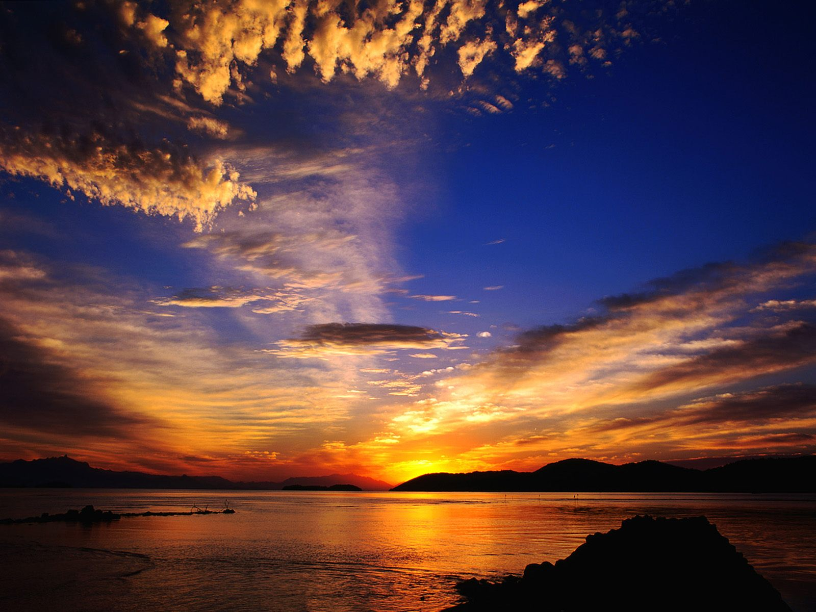 Download Popular Wallpapers 5 Stars: Sunset Hd Wallpapers