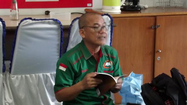 """Kak Agus DS, membedah Buku """"Motivasi Mendongeng"""" yang terjual lebih dari 700 buku dalam 1 Bulan"""