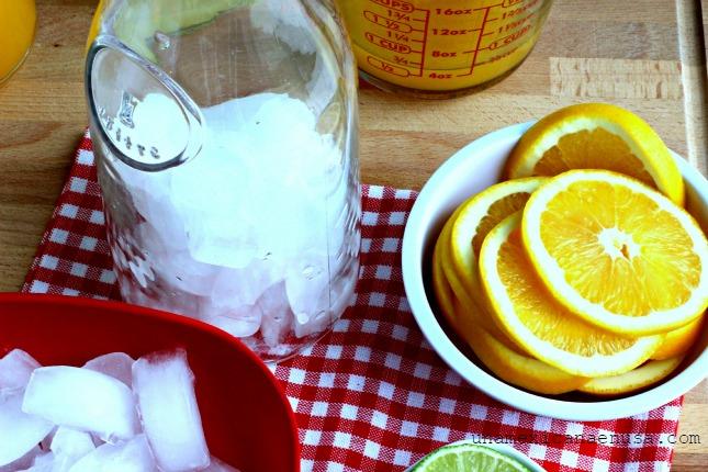 Preparación de refresco de mandarina. by www.unamexicanaenusa.com