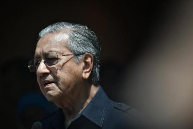 Mahathir Resmi Hapus Pajak Malaysia Mulai Hari Ini