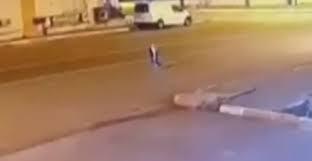 Objeto Misterioso aparece em câmera de monitoramento no meio da rua na Turquia