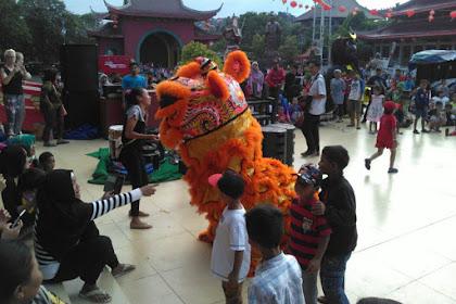 Begini Meriahnya Imlek di Sam Poo Kong Semarang