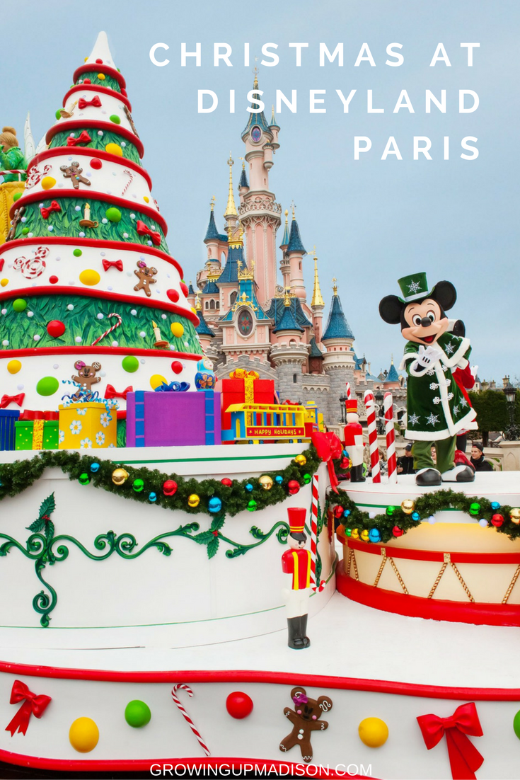 christmas day every day at disneyland paris
