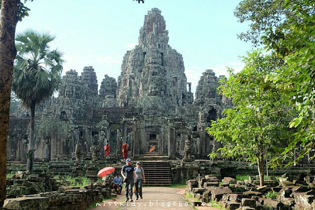 visiting bayon temple