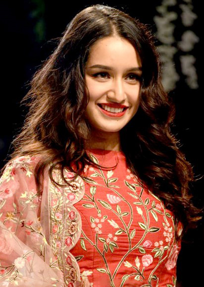 Top 10 Highest Paid Bollywood Actresses/ Shraddha Kapoor