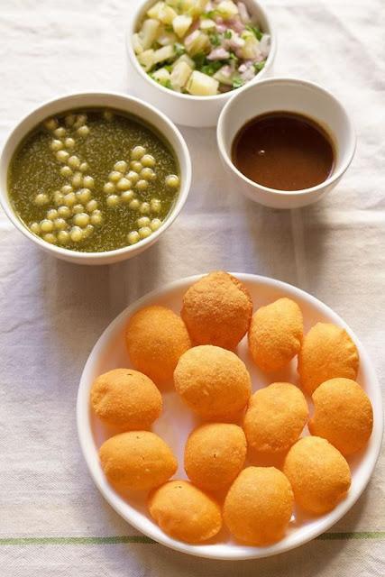 Paani Puri in 5 flavors