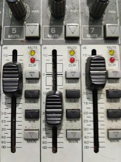 Fungsi tombol mixer