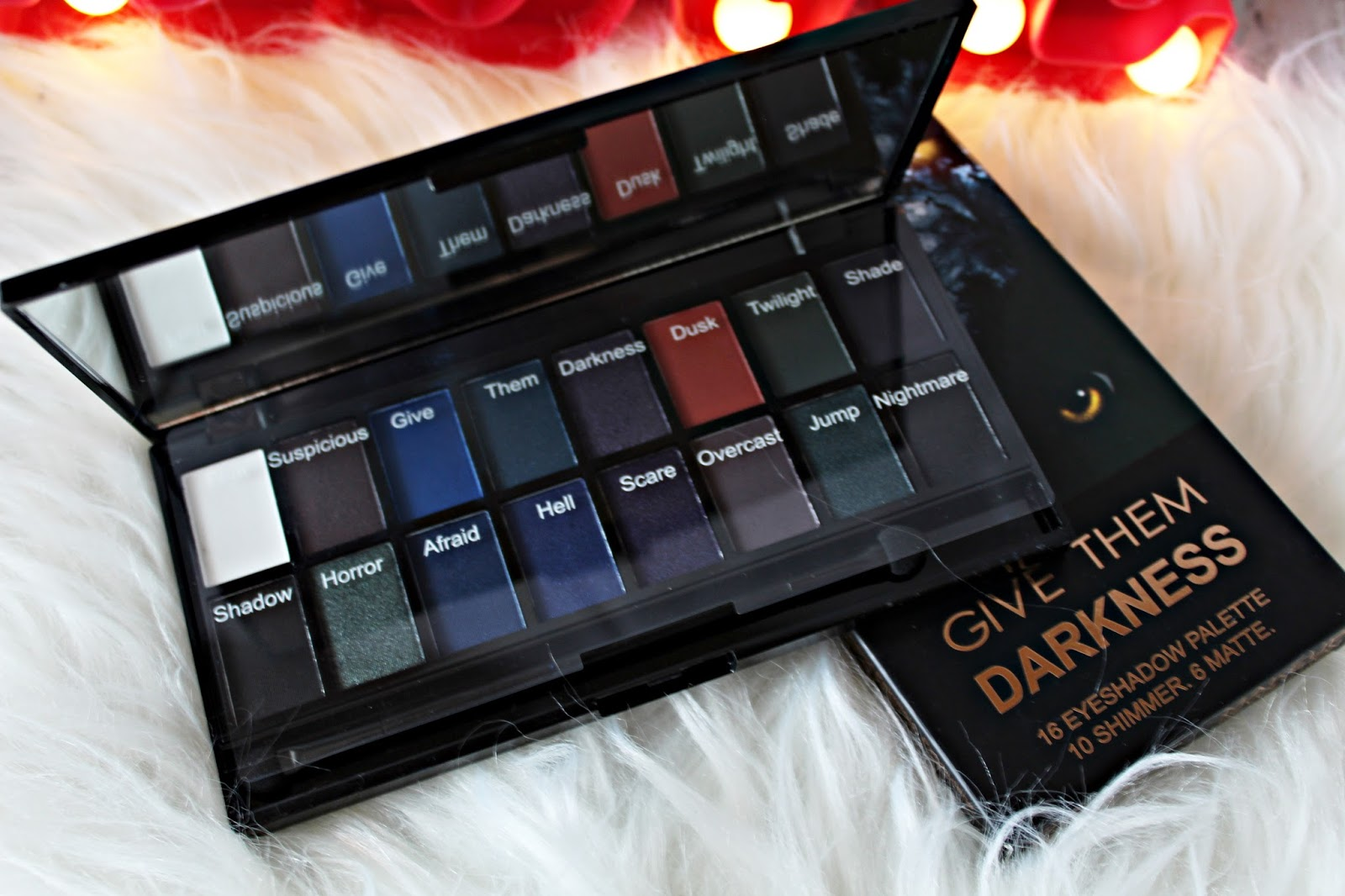 paleta cieni give them darkness makeup revolution
