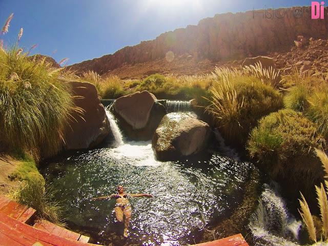 Que água quentinha e gostosa nas Termas de Puritama
