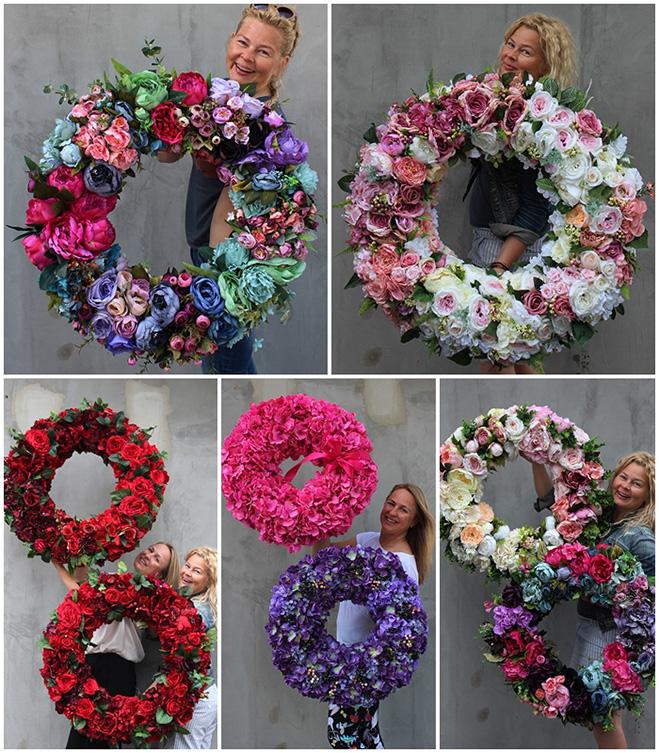 Ogromne wianki z wiecznych kwiatów