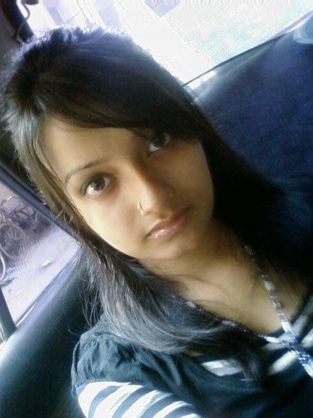 Sexy indian bangalore teen is exposed by her bf - 5 4