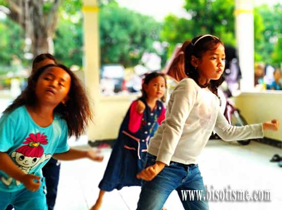 Belajar Memahami Tari Bersama Sanggar Tari Cinong Bekasi