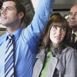 http://holikulanwar.blogspot.com/2012/05/tips-mengurangi-bau-badan-secara-alami.html