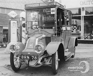 Renault 1910 car outside Allen Bros.Garage, Mitcham
