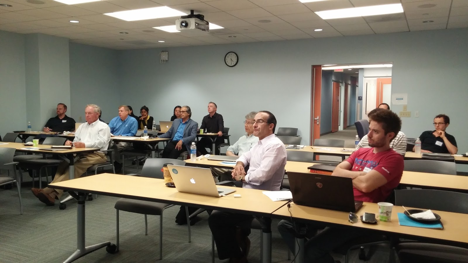 small resolution of representatives from ibm provided a free student and faculty workshop with the von liebig entrepreneurism center at the jacobs school of engineering on