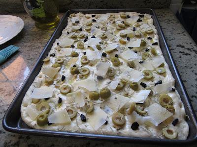 Focaccia de ajo negro cocina tradicional