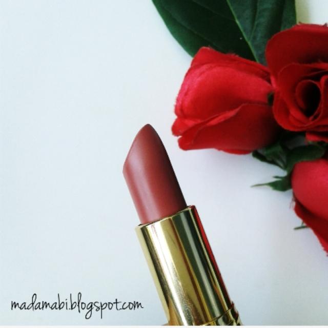 Review & Swatch: Revlon Super Lustrous Lipstick 131 Ginger