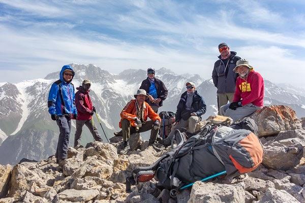 Через 5 категорийных перевалов | 2018 май