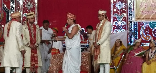 For the welfare of the people, Adinath left the palace and became a monk