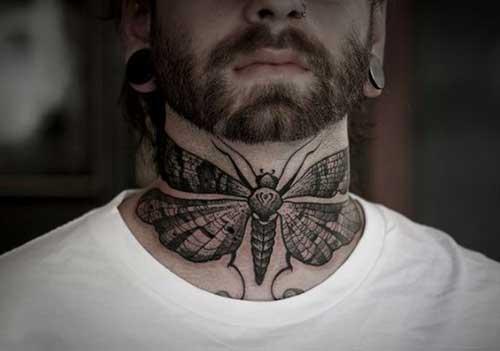erkek boğazına kelebek dövmesi