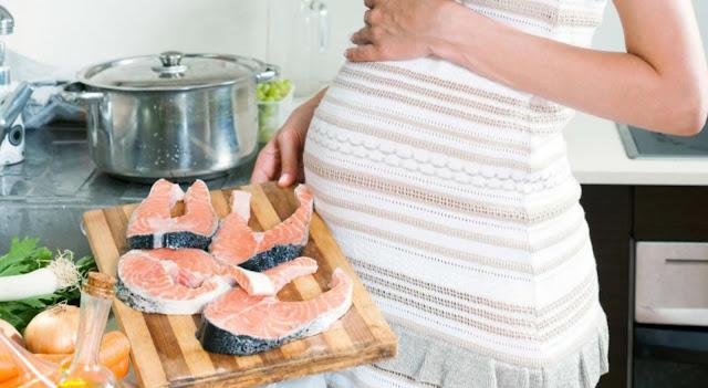 Manfaat Mengkonsumsi Ikan Salmon Untuk Kesuburan Kandungan Dan