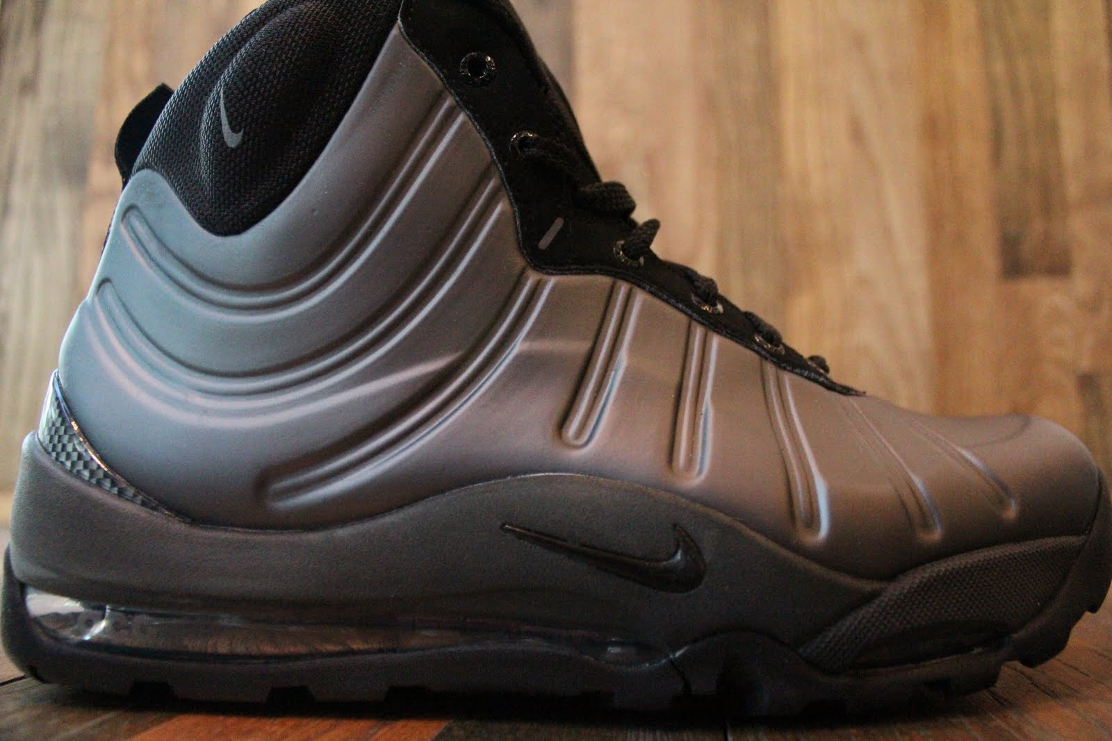 7b90d1f8ee43 Nike ACG Air Max Posite Bakin Boot Metallic Dark Grey Black-Dark Grey-Team  Orange 415327-008. November 2011
