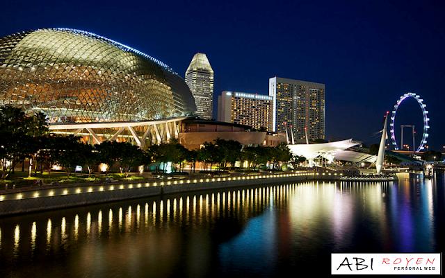 Tempat%2BWisata%2BDi%2BSingapura%2BPaling%2BMenarik%2BEsplanade 20 Tempat Wisata Di Singapura Paling Menarik Dan Wajib Di Kunjungi