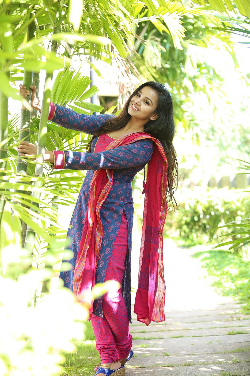 Mrudula Murali beautiful photo shoot-HQ-Photo-10