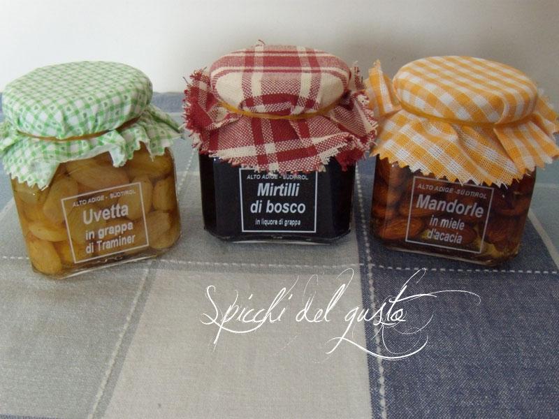 vasi di frutta sia in grappa che in miele
