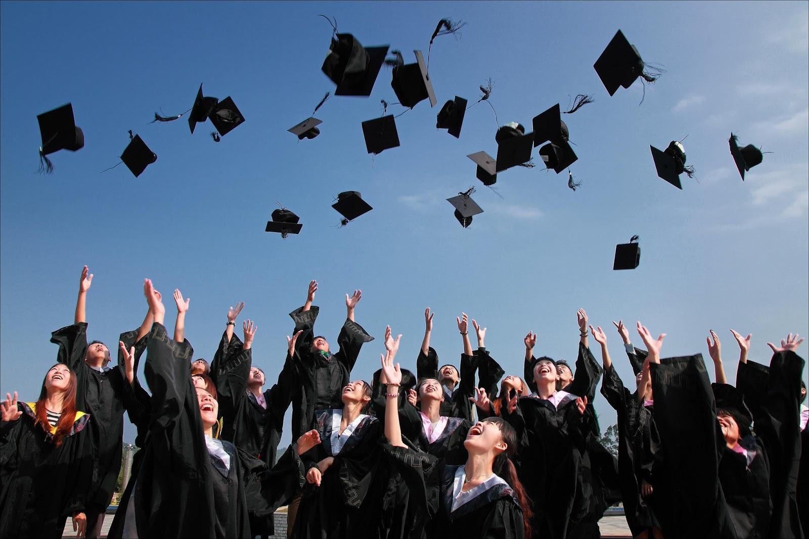 studenci na erasmusie kończą uczelnię