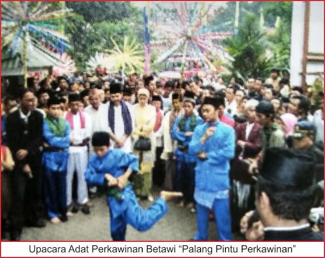 upacara palang pintu perkawinan adat betawi