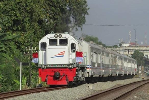 Jadwal Kereta Api Solo Jogja  - KA Maliboro Express