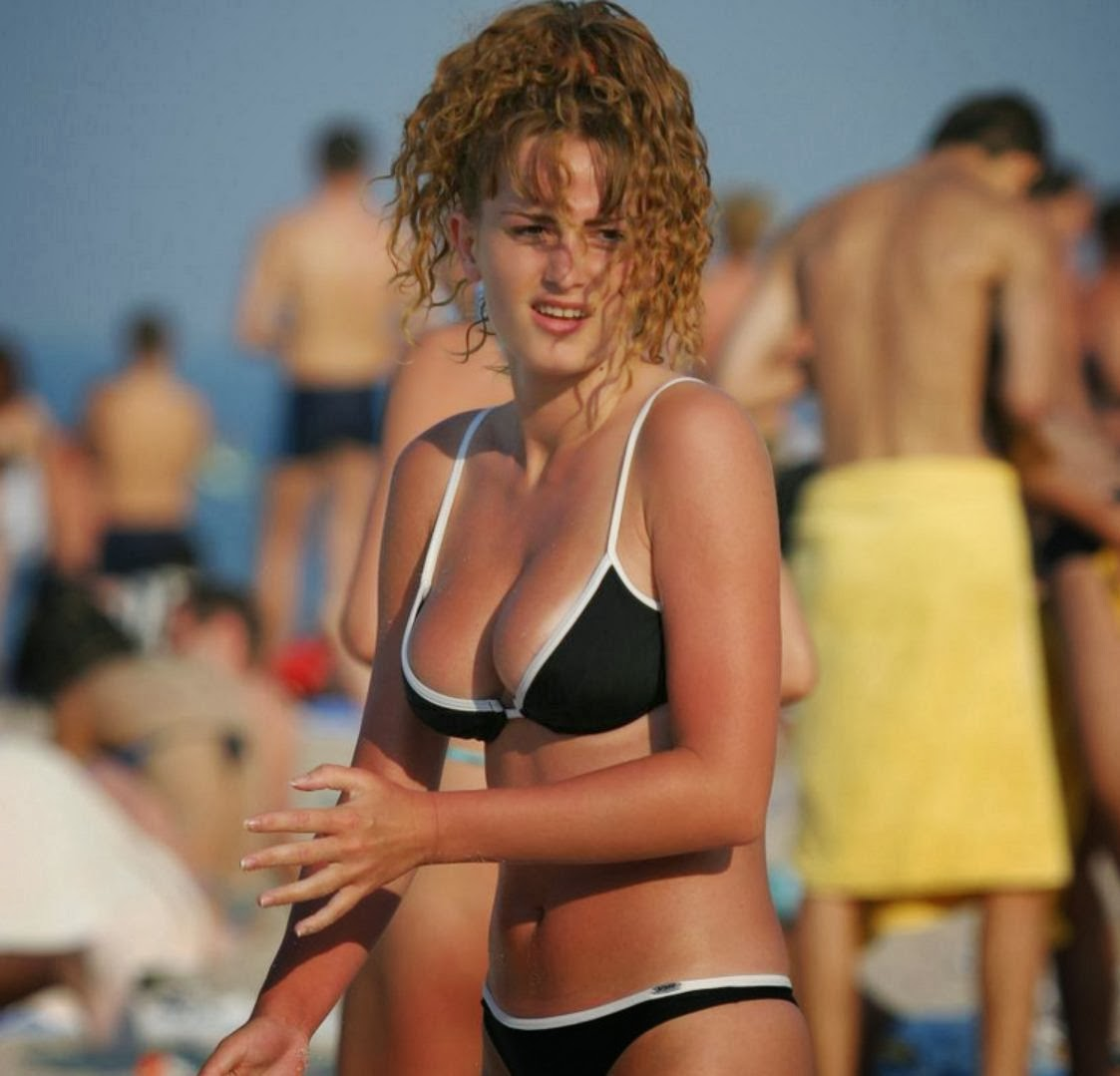 Nancy travis nude married to the mob 10