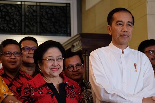 Ditanya Soal Mahfud Gagal Cawapres, Megawati dan Jokowi Malah Tertawa