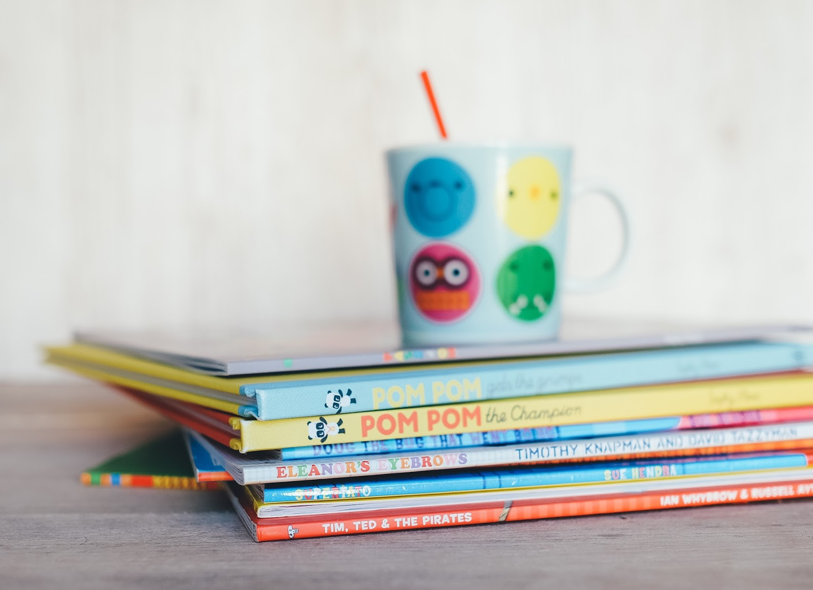 Stack of children's books - how do you tackle the school run? - motherdistracted.co.uk