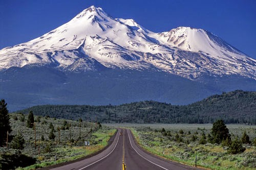 http://4.bp.blogspot.com/-G0_qF5Rory0/VePwSfce4RI/AAAAAAAAANc/Uu-maKzUOdI/s400/Gunung-Tertinggi-di-Dunia.jpg