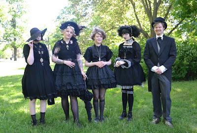 mintyfrills gothic lolita picnic kawaii fashion