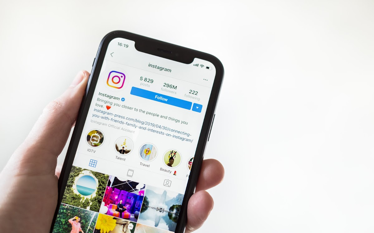 Instagram Will Remind Users to have the same Birthday as on Facebook Account!
