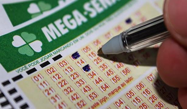 Mega-Sena acumula e prêmio vai a R$ 70 milhões