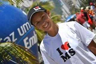 Talita no Rainha da Praia 2012 vestindo I LOVE MS