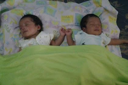 Omron Nebulizer, Terapi Pernafasan Terbaik Bayi Kembar Kami